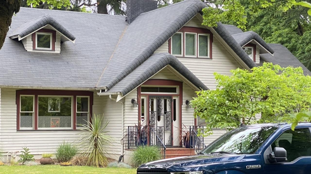 What type of roof?